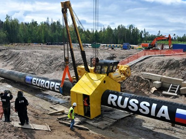 """Российский """"Газпром"""" утверждает, что строительство """"Северного потока-2"""" завершено"""